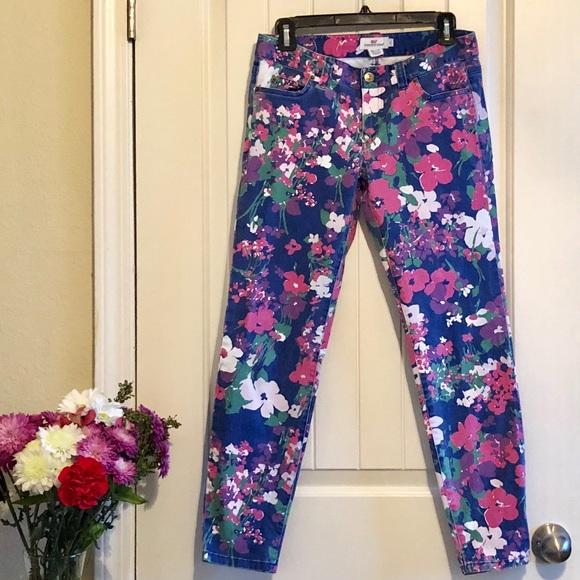 b9a12e54bf Vineyard Vines Floral Pants. M 5a984a6f61ca100c965b1e77